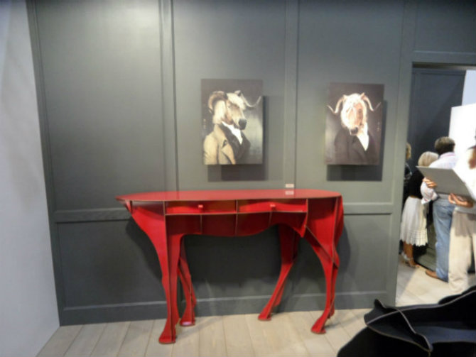 Red Console Table by Elisée, by Ibride