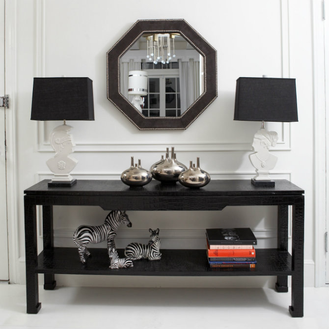 Black Console Table BY JONATHAN ADLER jonathan adler BEST MODERN CHIC CONSOLES BY JONATHAN ADLER preston console style1