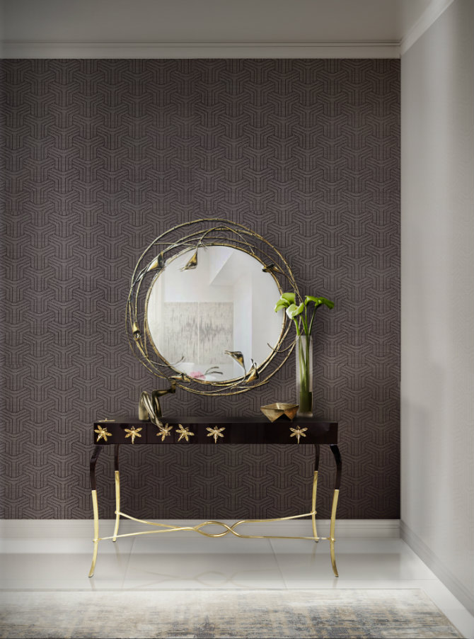 entrance console table in black with gold details