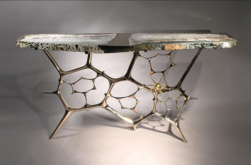 taylor llorente console taylor llorente 10 Elegant Console Tables Designed by Taylor Llorente sculptural console table a1