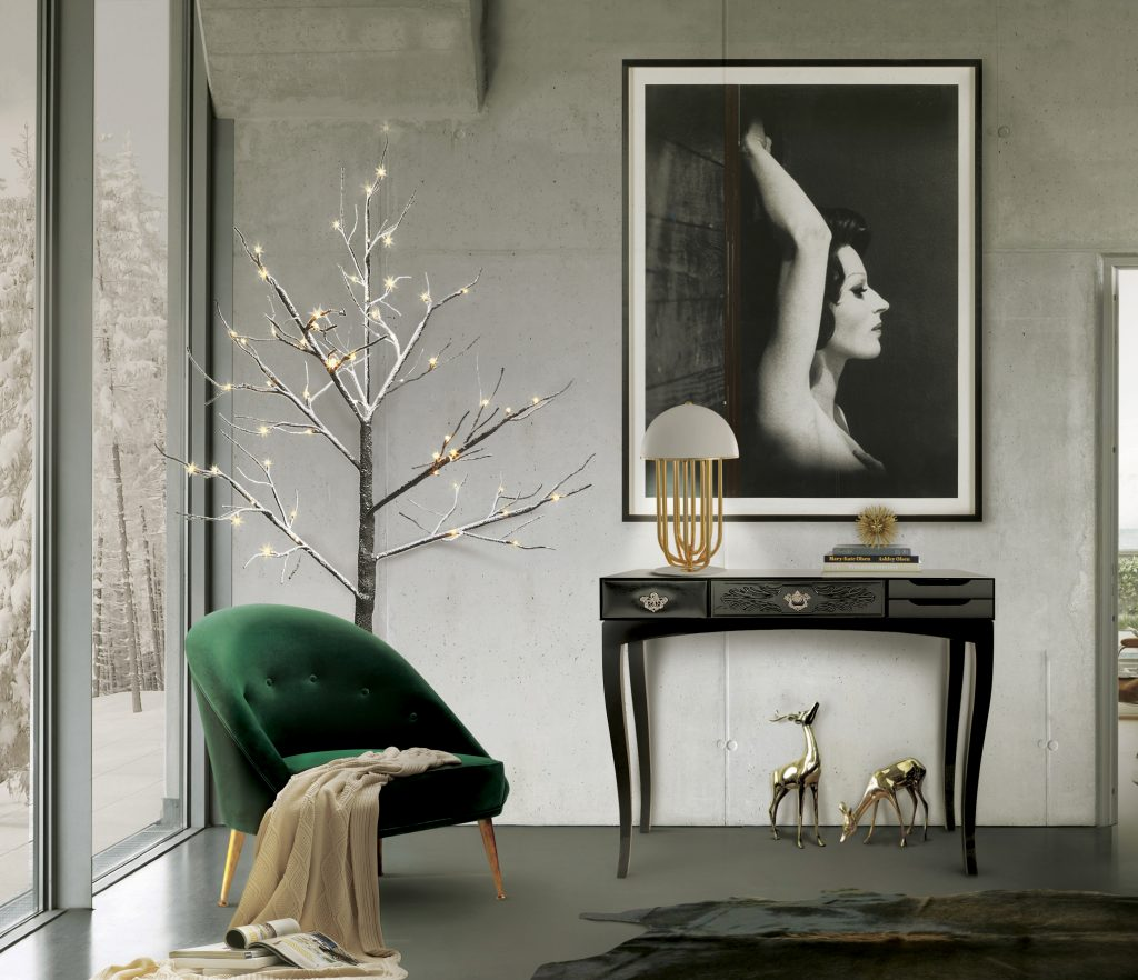 soho-black-console-boca-do-lobo console tables How To Decorate Your Entryway With Modern Console Tables soho black console boca do lobo