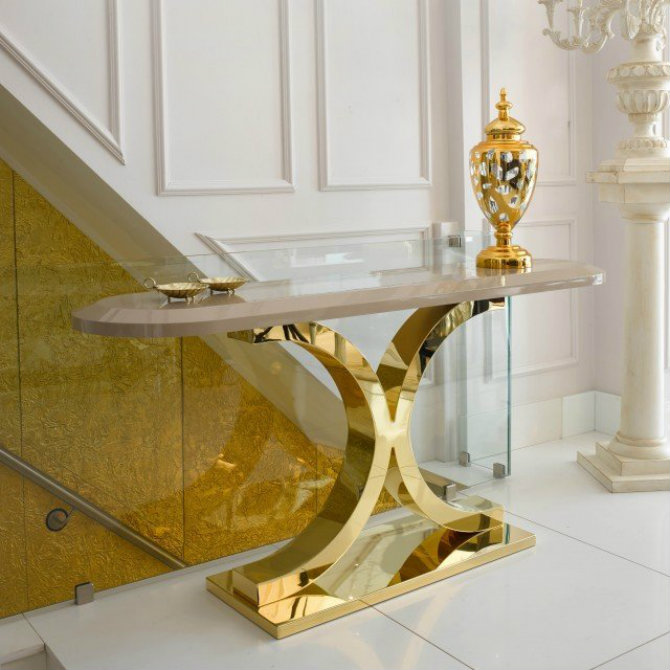 console tables Console Tables Luxury Console Tables for a Glorious Home 24 carat gold console table e1443705351772