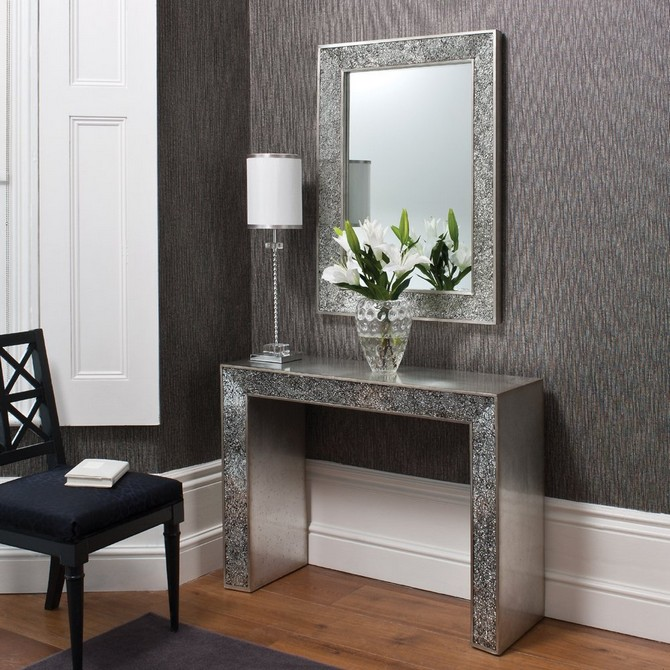 Classy And Elegant Console Table With Mirror Design Silver