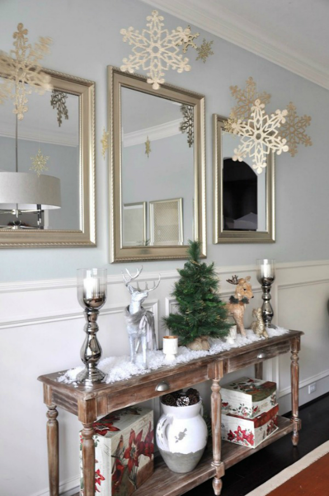 console tables for christmas Unique Console Tables for Christmas Eve Christmas Decor Snowflakes 1111