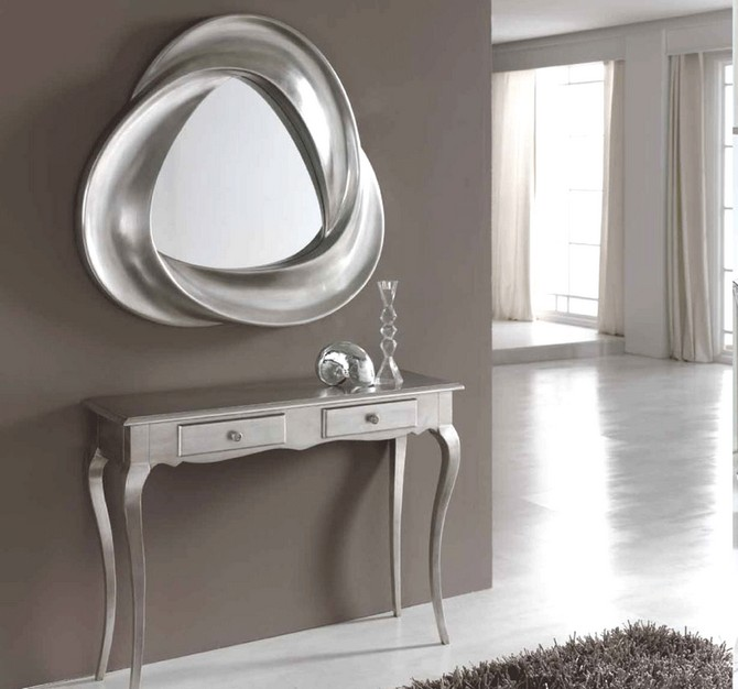 modern-hallway-console-table-silver-finish-bringing-a-glamorous-touch-to-your-hallway