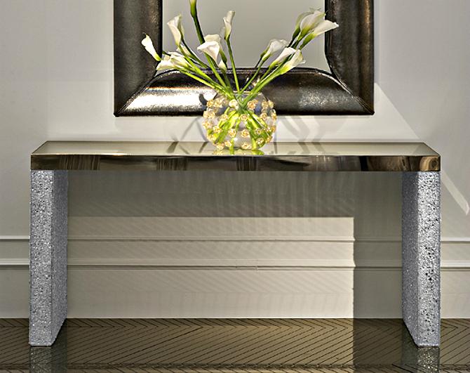 mirror-glass-console modern home Best Modern Console Tables Designs for a Modern Home mirror glass console
