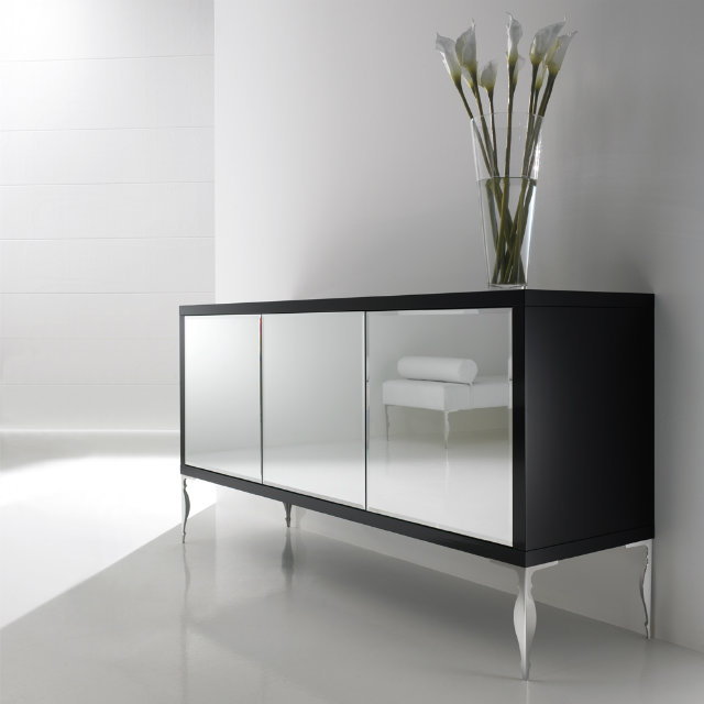 Timeless Room Timeless Room Best Trends of 2017 for a Timeless Room Luxury Mirrored Sideboard 1