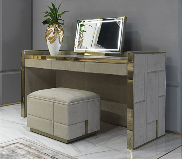 Console Tables Best Modern Console Tables for Timeless Homes PF42beloved bedroom 15