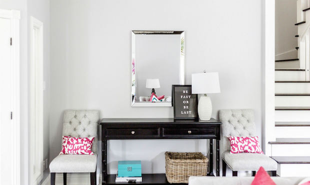console table What's special about Modern Console Tables? girly