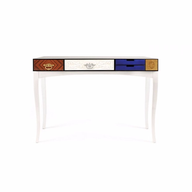 console table console table The perfect colors for your Console Table 152 0034 boca do lobo soho console table
