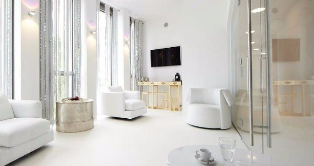 console table 10 Ways to use a Modern Console Table 4 metropolis ambiance