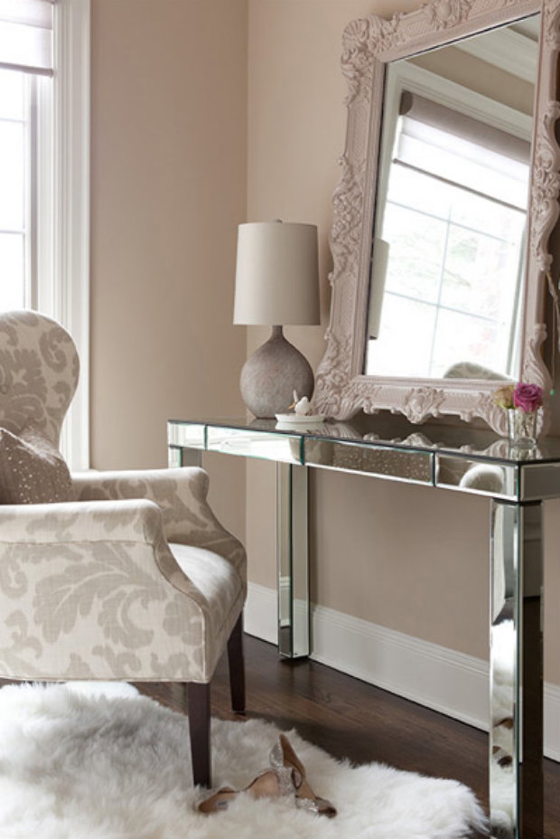 console table How to Match Wall Colors with your Modern Console Table taupe beige wall