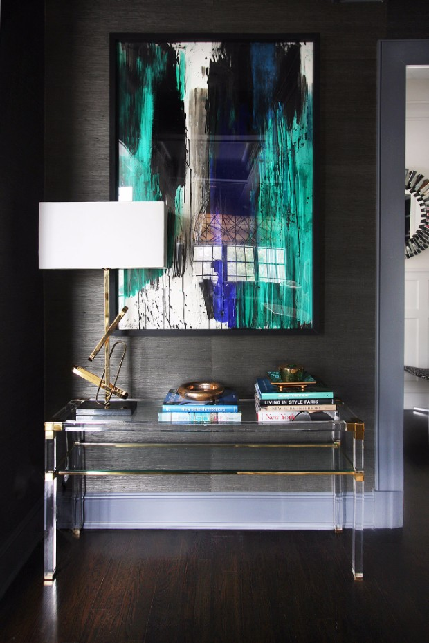 acrylic console 10 Acrylic Console Tables to Die For L78bWnmO hOx