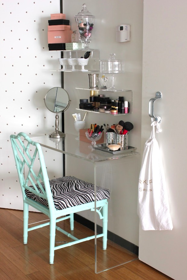 console table Style your Kids Bedroom with Console Tables original