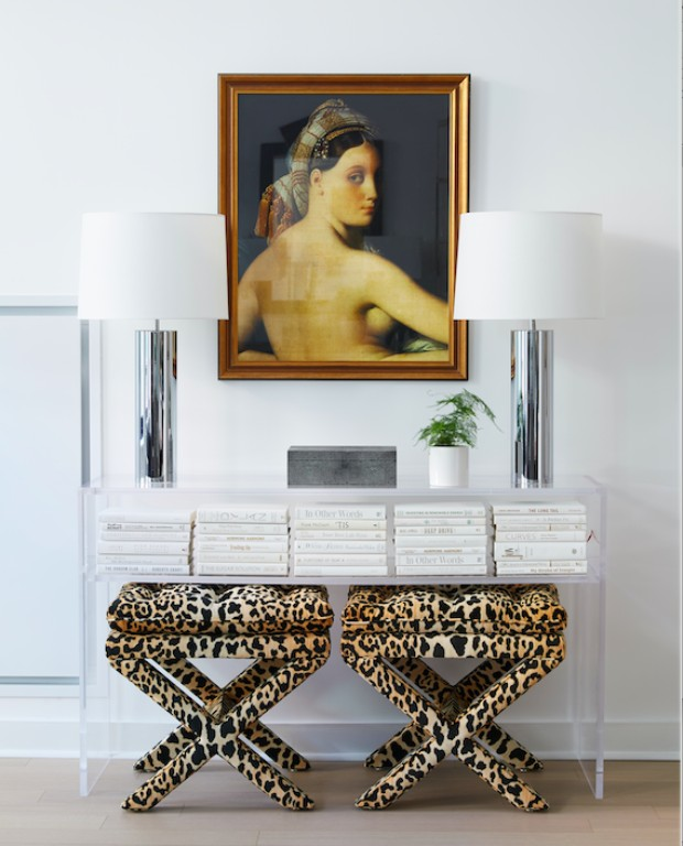 acrylic console 10 Acrylic Console Tables to Die For screen shot 2016 10 17 at 1 04 48 pm