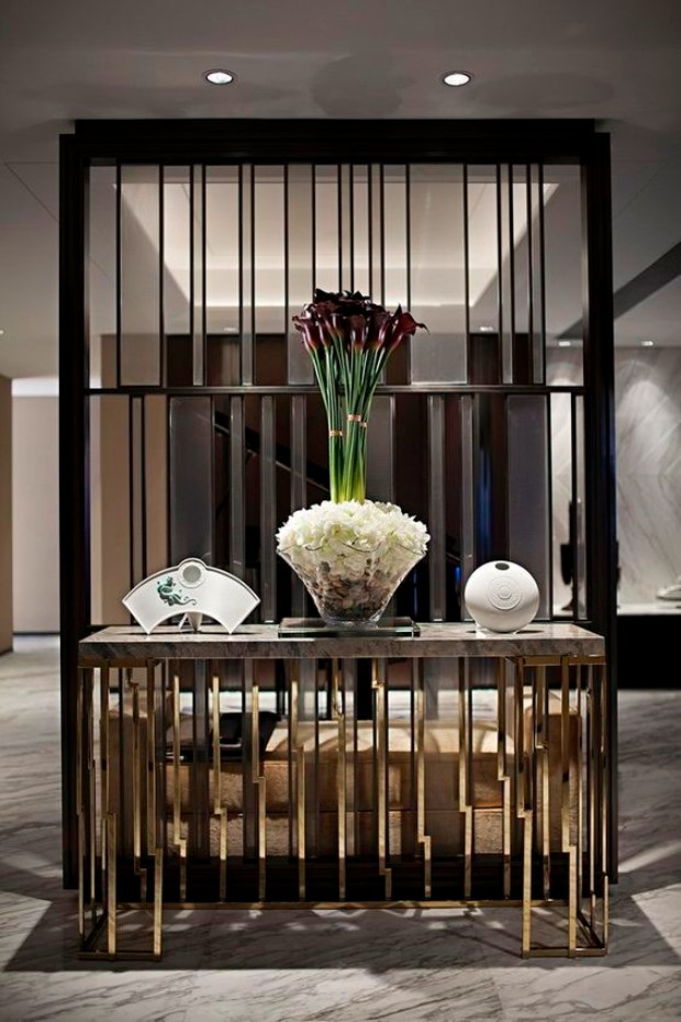 exclusive hotels Exclusive Hotels Design Ideas with Console Tables Exclusive Hotels Design Ideas with Console Tables