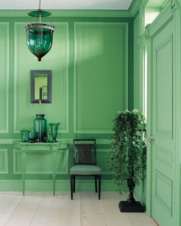 monochromatic color How to Pull off a Monochromatic Color Decoration boiserie verde
