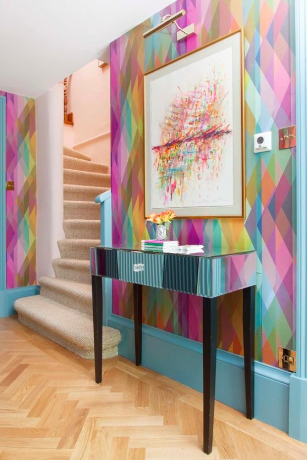 cool wallpapers How Cool Wallpapers Can Transform a Luxurious Entryway d82a1a1b5549045bbe316159b95fe072 1