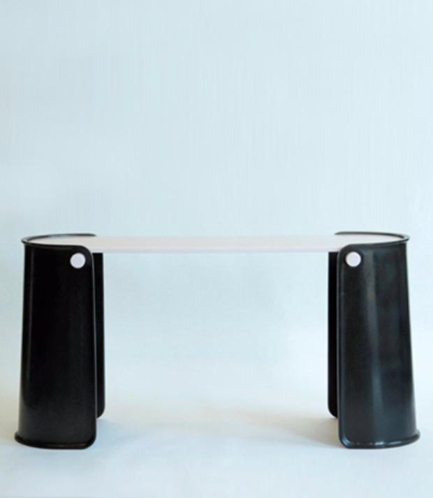 eric schmitt Eric Schmitt: Avant-Garde Console Table Designs Eric Schmitt Avant Garde Console Table Designs11