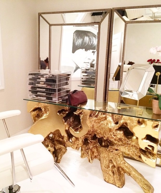 mirror Find the Perfect Mirror for your Modern Console Table Find the perfect Mirror for your Modern Console Table 1