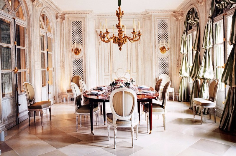 console tables, modern console tables, classic interiors, top interior designers, famous interior designs, luxury interiors, decorations, home décor classic interiors Get inspired by François Catroux Classic Interiors Get inspired by Fran  ois Catroux Classic Interiors 8