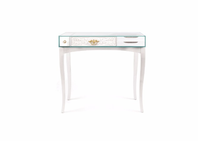 console table The Concept Behind The Soho Console Table slide soho console white model2 01
