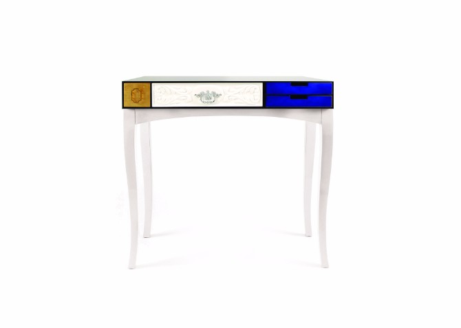 console table The Concept Behind The Soho Console Table soho console model2 01