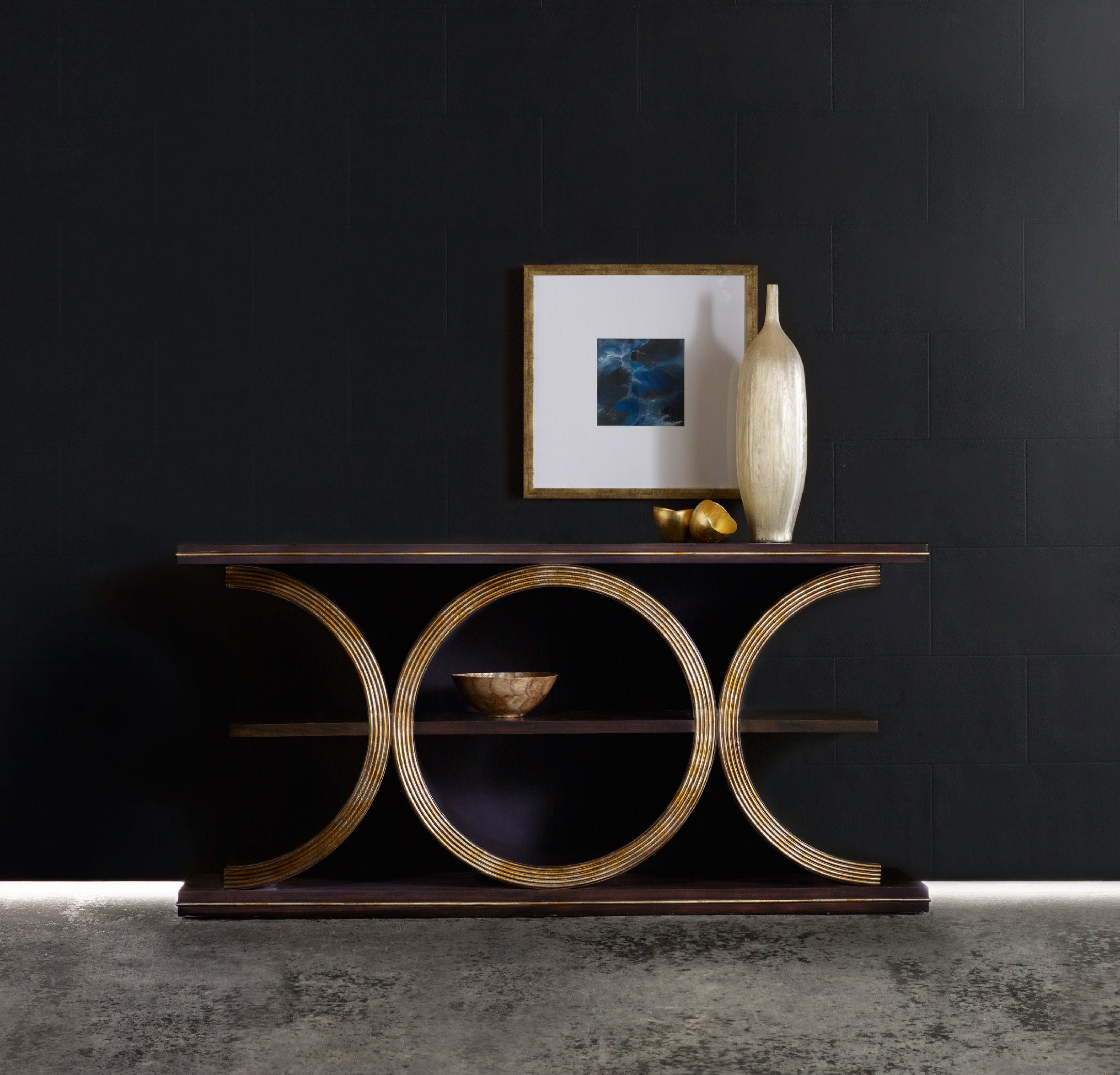 console tables 10 Console Tables With An Exquisite Geometric Design 6 10 Console Tables With An Exquisite Geometric Design