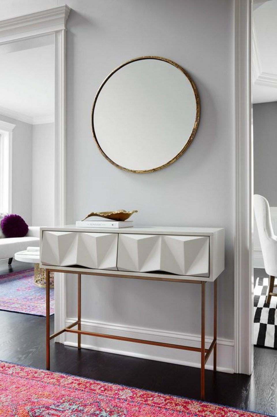 unique design Discover 10 Console Tables With A Daring Unique Design 8 Discover 10 Console Tables With A Daring Unique Design
