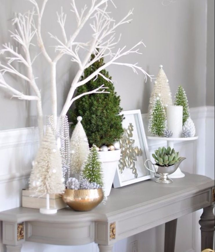 christmas season Perfect Entryway Décor for the Christmas Season Perfect Entryway De  cor for the Christmas Season2 e1512391376244