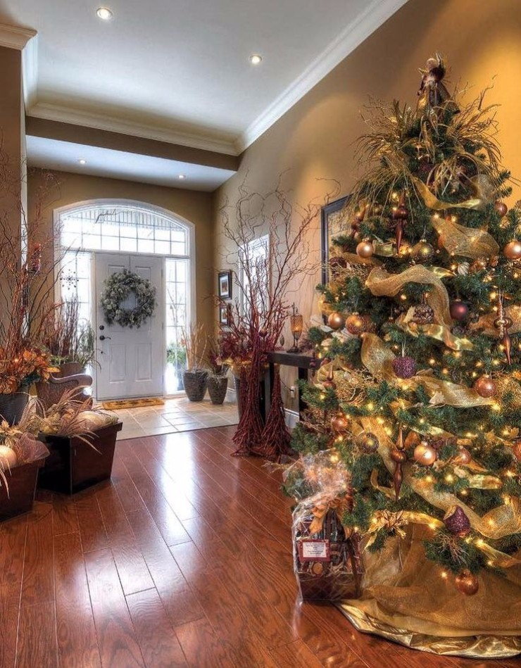 christmas season Perfect Entryway Décor for the Christmas Season Perfect Entryway De  cor for the Christmas Season3