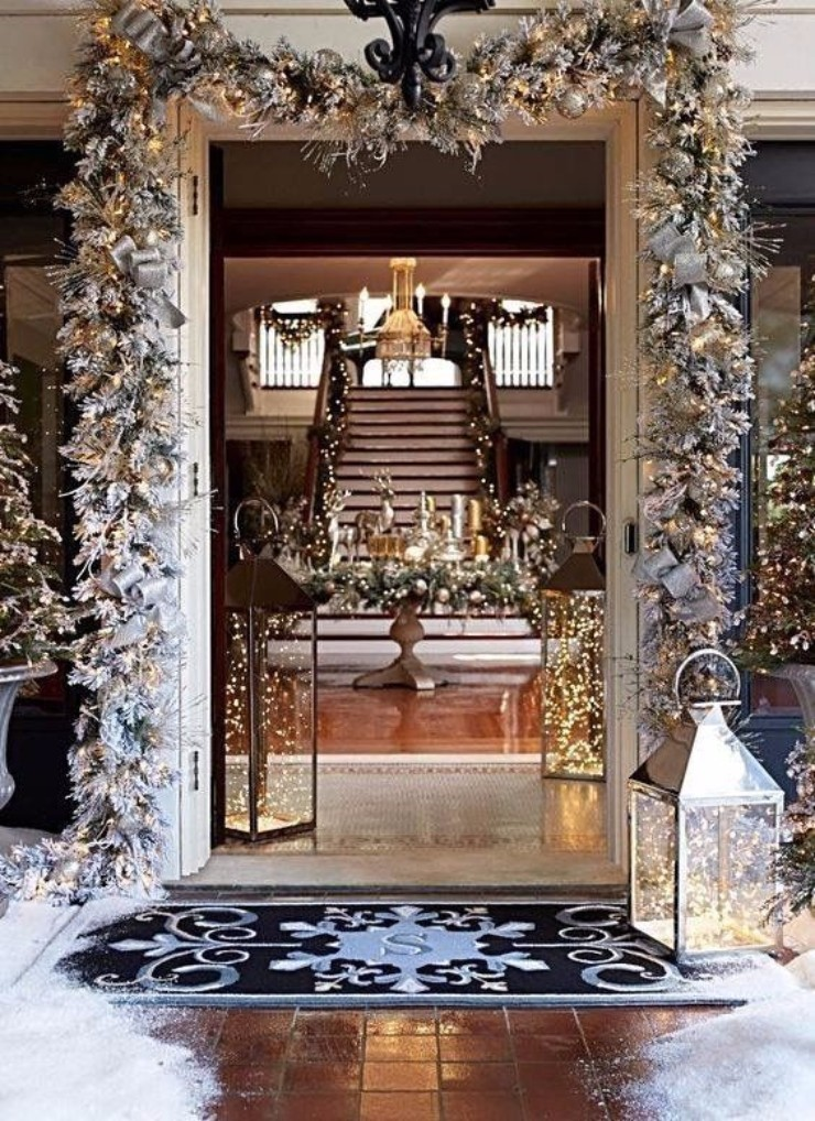 christmas season Perfect Entryway Décor for the Christmas Season Perfect Entryway De  cor for the Christmas Season4