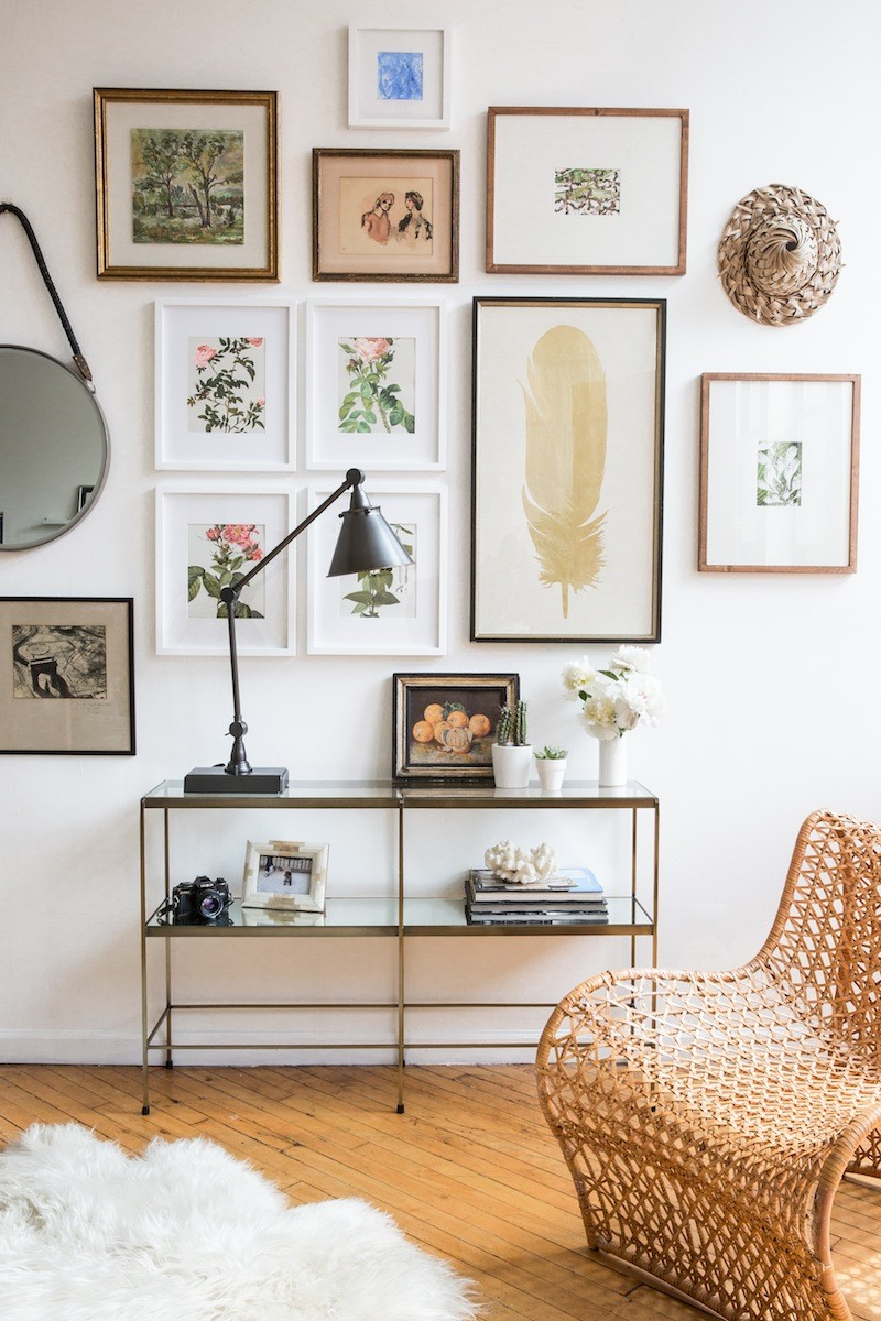 Top Ideas to Arrange Art Above a Console Table console table Top Ideas to Arrange Art Above a Console Table Top Ideas to Arrange Art above Console Table8