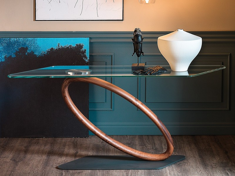 console tables The Best Sculptural Console Tables for Your Interior The Best Sculptural Console Tables for Your Interior2 1