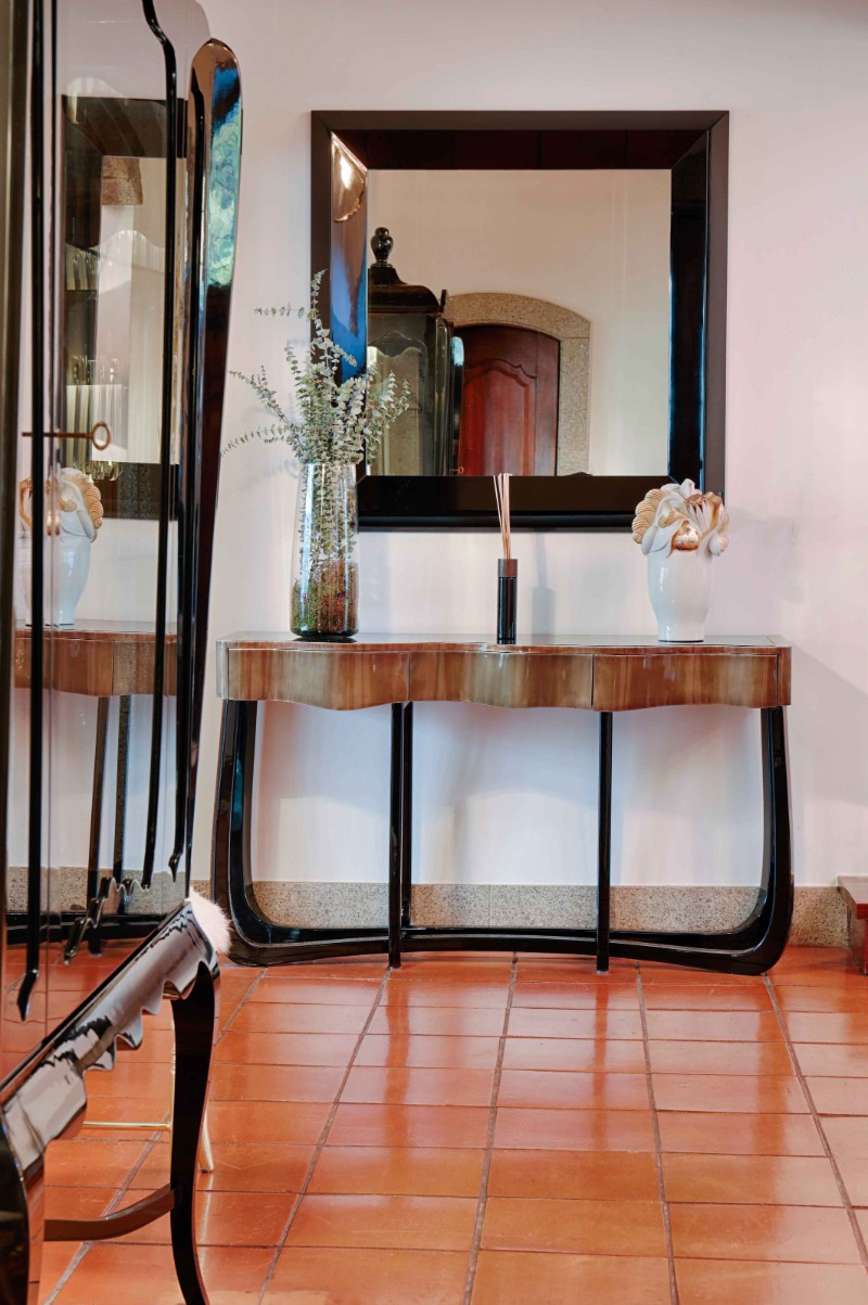 console tables console tables The Most Luxurious Console Tables at Covet House sinuous 1