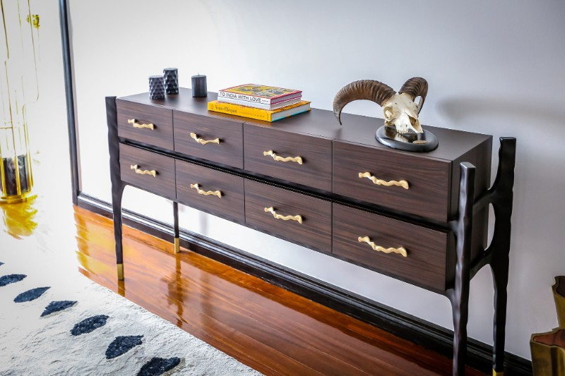 console table Luxury Objects for Decorating Your Console Table Luxury Objects for Decorating Your Console Table 10