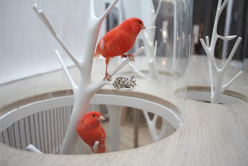 Modern console table Modern console tables: the bird in the cage birdcage table 5 IIHIH