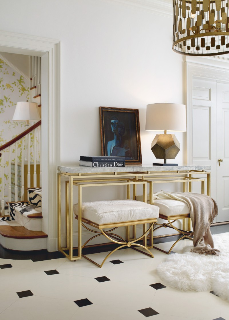 benches Two Benches Below a Console Table: the Trend That You Need To Know Two Benches Below a Console Table the Trend That You Need To Know 7