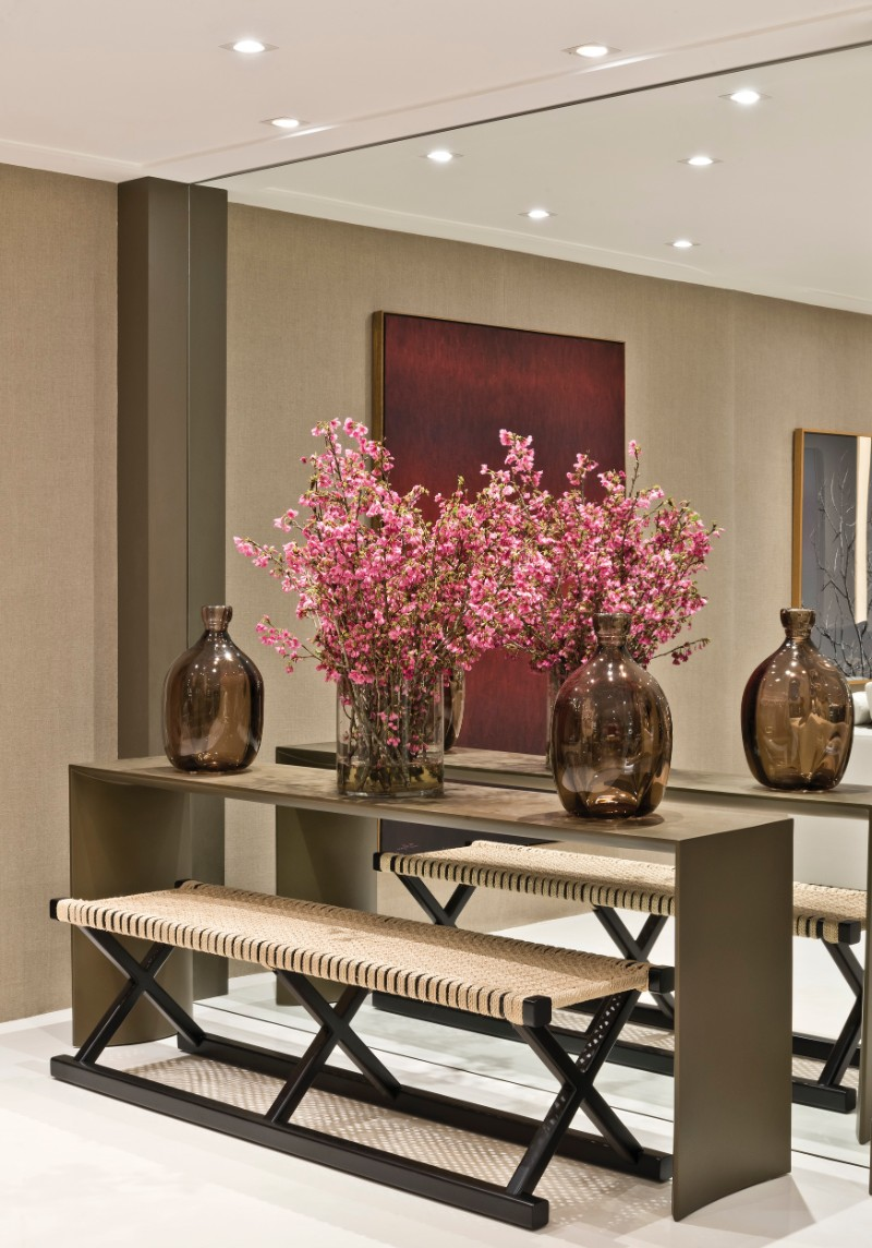 modern console tables The Best Modern Console Tables for a Luxury Entryway The Best Modern Console Tables for a Luxury Entryway 5