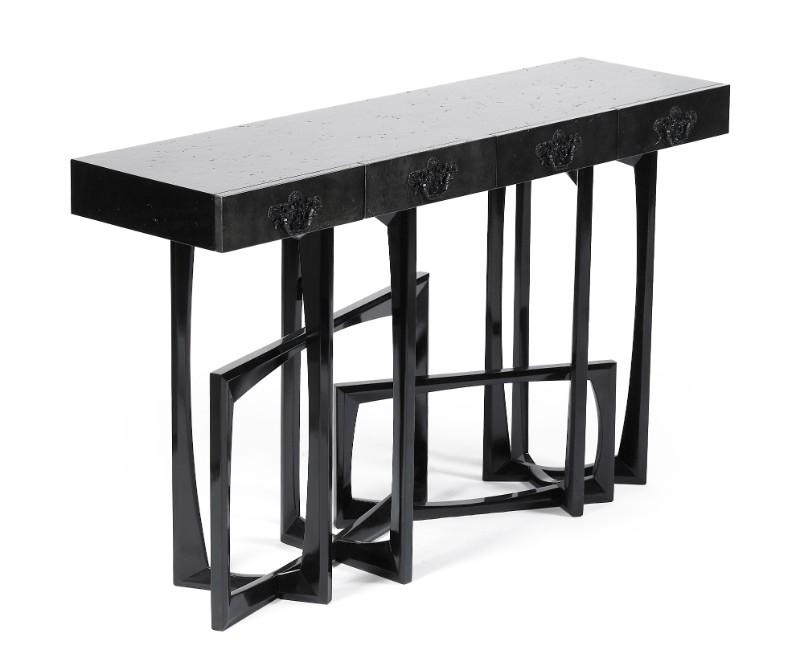 exclusive design 10 Luxury Console Tables with an Exclusive Design Metropolis black by Boca do Lobo 2