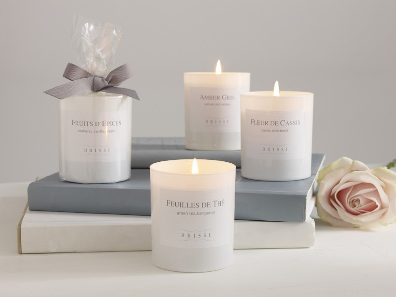 Luxury Candles to Brighten Up your Modern Console Table luxury candles Luxury Candles to Brighten Up your Modern Console Table t  l  chargement 2