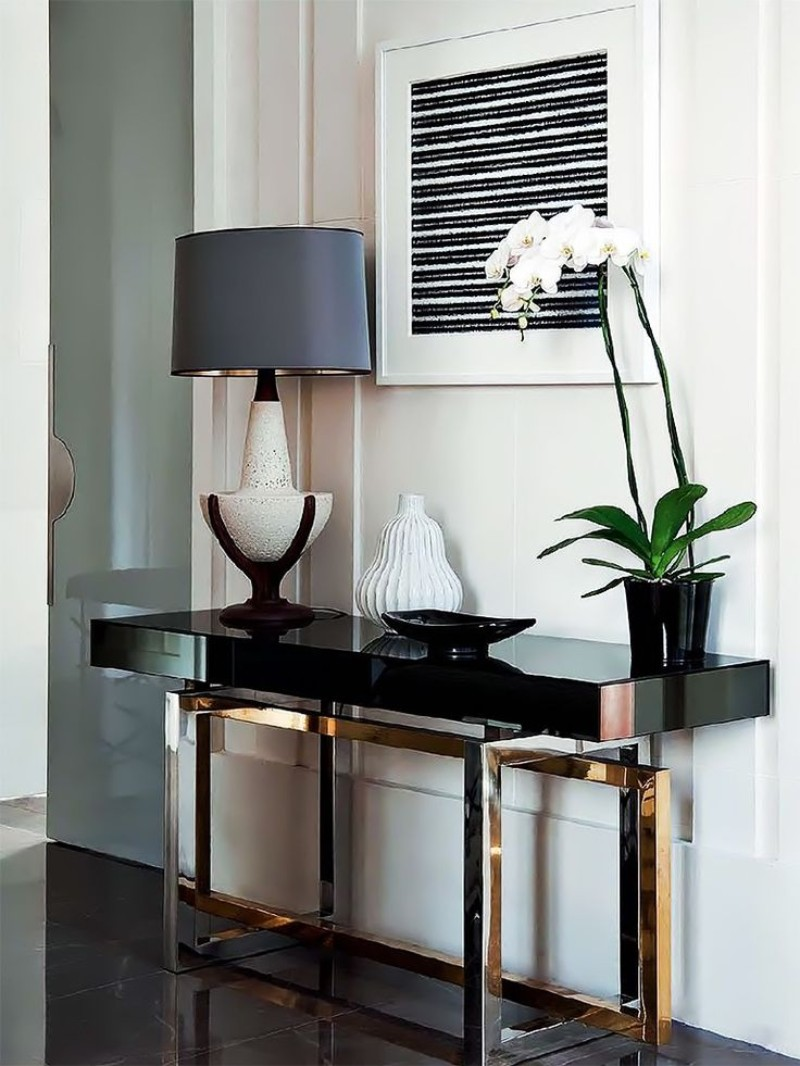 Luxury Black Console Tables For A Modern Living Room