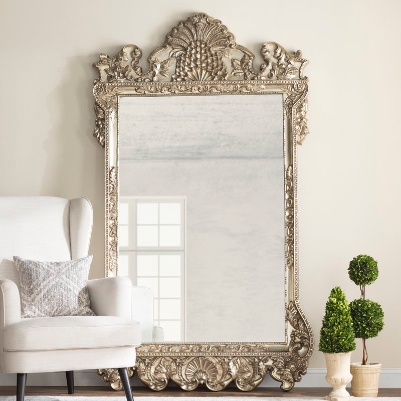 wall mirror How a Wall Mirror Can Bring a Glamorous touch to Your Console Table pic4