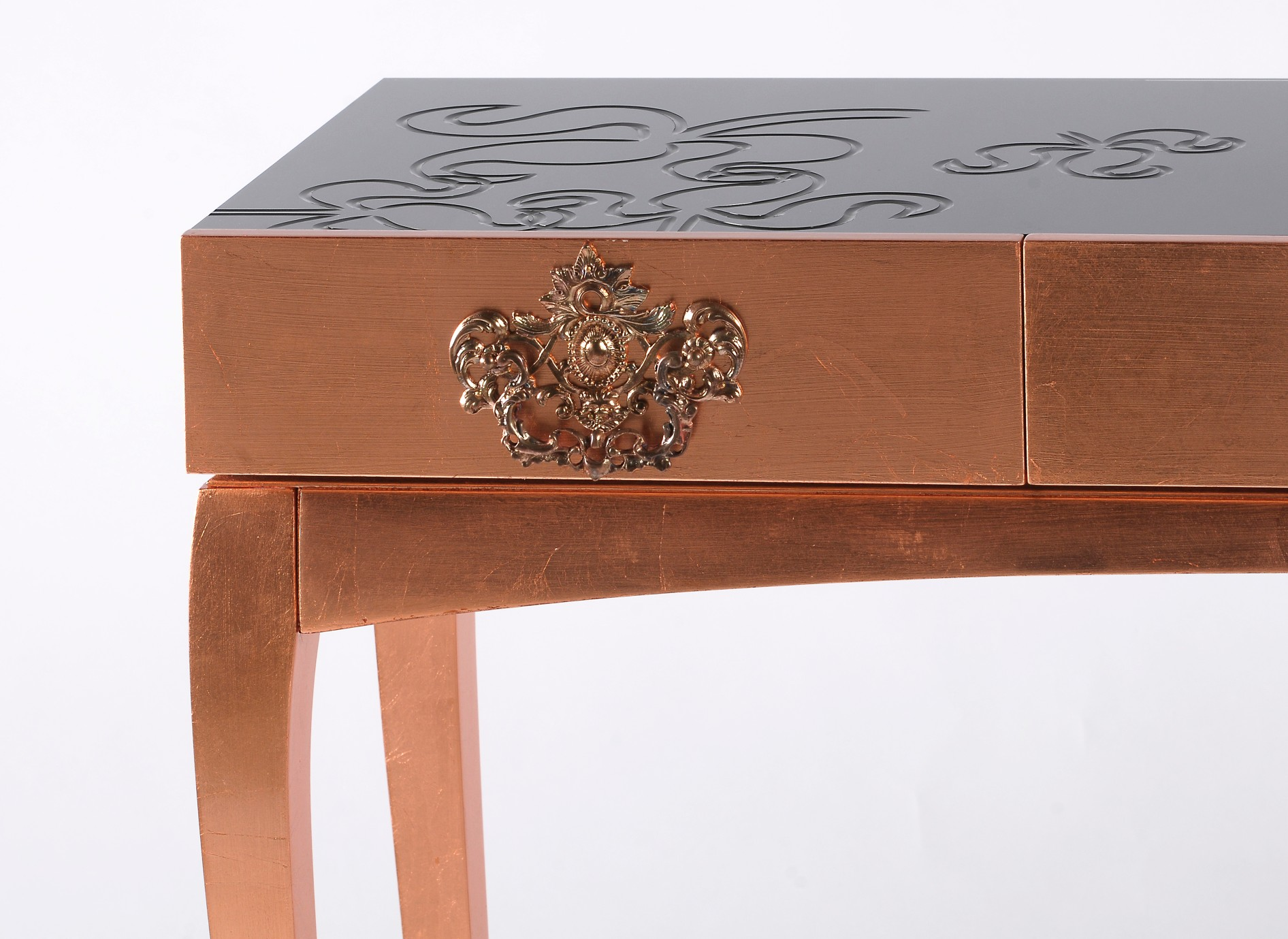 console table 10 Slender And Elegant Console Tables for Small Spaces trinity console MCT 2
