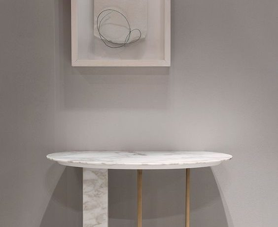 rounded console table Rounded Console Tables 5 Beautiful Rounded Console Tables for a Fresh Entryway meridiani 564x460