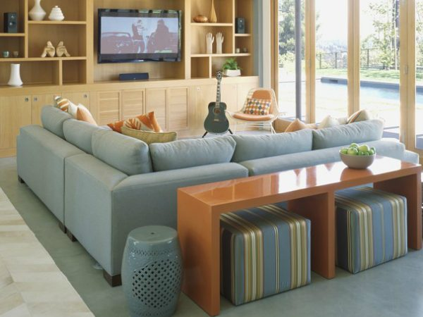 console table Living Room Designs With Modern Console Tables CAPA 3 600x450