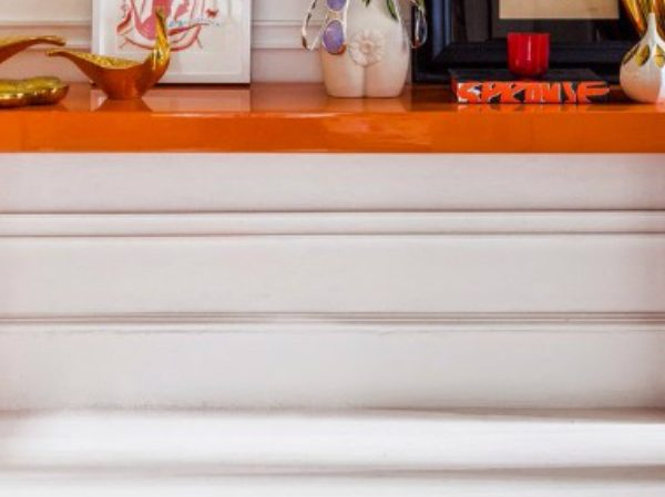 console table The perfect colors for your Console Table ORANGE CAPA 600x449
