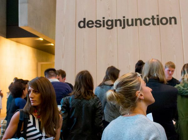 Designjunction Designjunction: The World's Most Iconic Console tables 00000 600x449