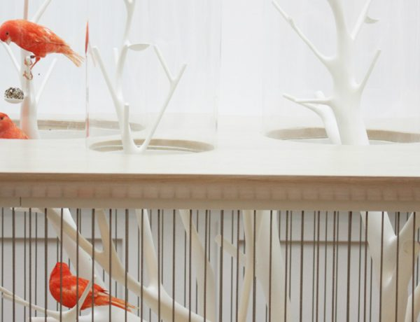Modern console table Modern console tables: the bird in the cage feature 600x460