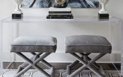 acrylic console tables Acrylic Console Tables: The Trend you need to know Decorar con taburetes decoracion interiorismo IconsCorner 23 1 240x150